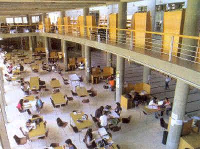 Resultado de imagen para fachada de la universidad nacional de rio cuarto