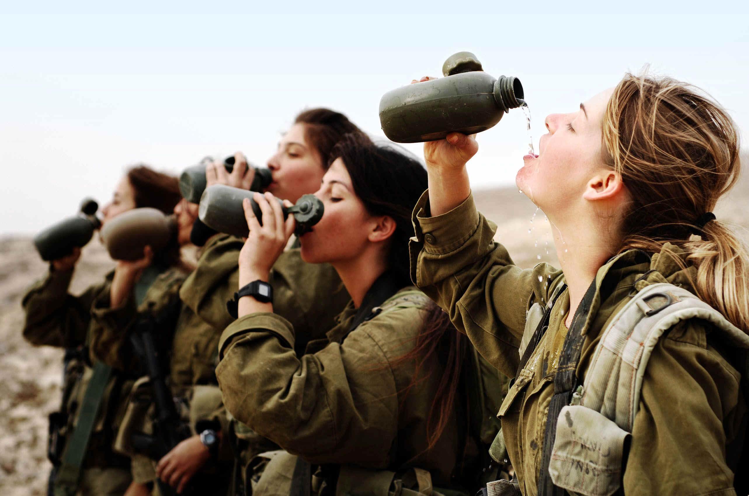Fotos de mujeres en el ejercito israeli